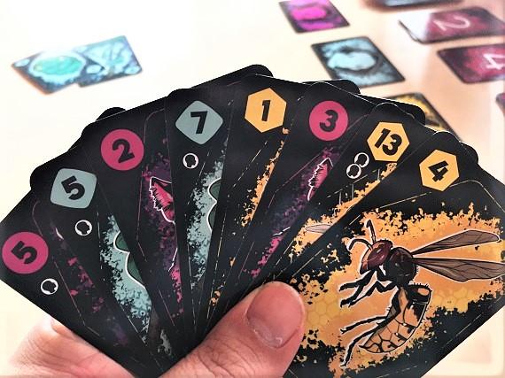 Anansi - Kartenhand